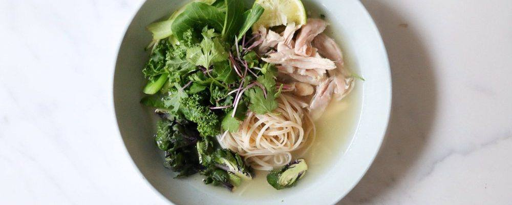 ANTONIA X GALLINEE – LEMONGRASS & MISO CHICKEN SOUP